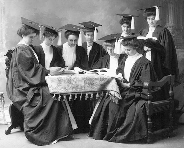 The Oxford College for Women graduating class of 1907 pose for a formal portrait.