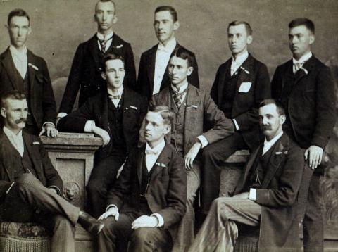 Photo of students in the Kappa Chapter of the Delta Kappa Epsilon fraternity in the spring of 1890